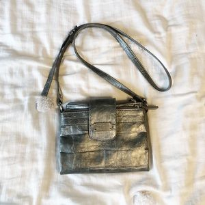 NWOT Nine West gunmetal faux croc crossbody